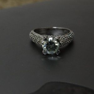 NWOT Ice Blue Moissanite 3.2 ct 925 silver ring